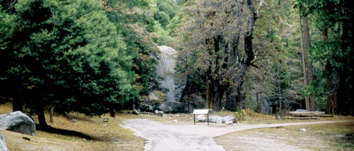 Before restoration, the approach to Lower Yosemite Fall was unsightly and deteriorating. Photo: Yosemite Conservancy.