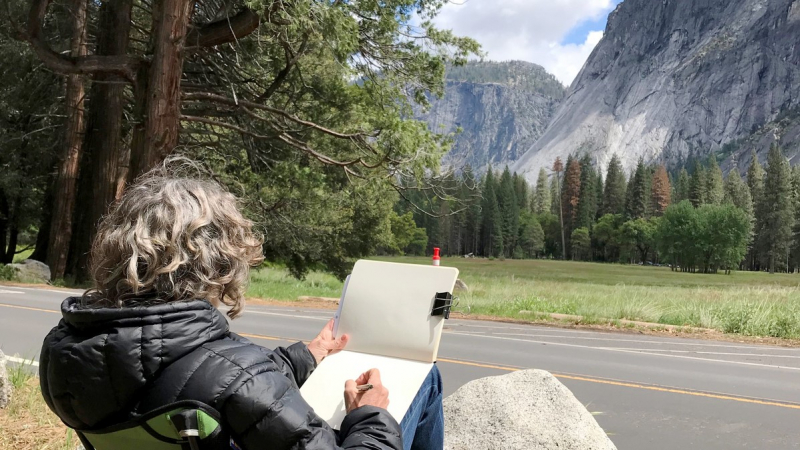 Art students took advantage of clear skies to sketch outside during a multi-day May workshop with artist Janet Takahashi. Photo: Greg Minuskin.
